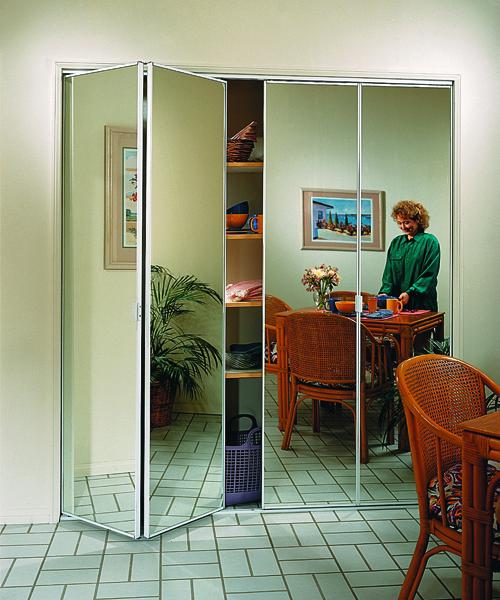 Складные зеркальные двери от лучших брендов: продажа, достав.