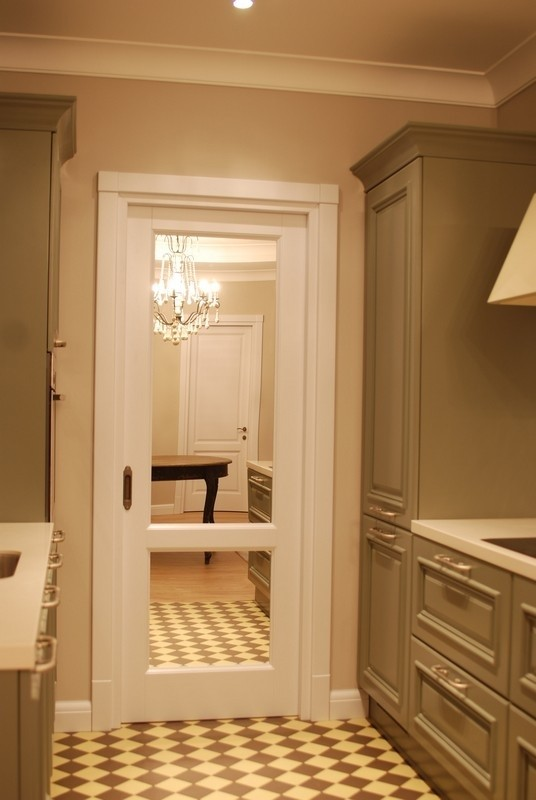 Заказать дверь в комнату в компании Ягуар. индивидуальное пр.