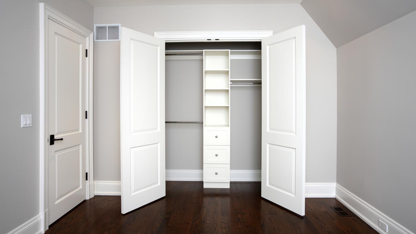 Распашные двери для кладовки купить в компании Ягуар. лучшие.