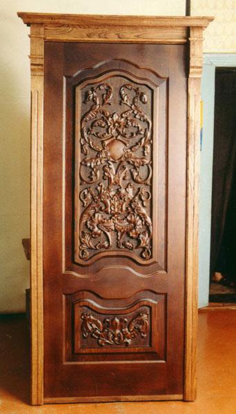 вывести резные деревянные двери фото мае нам приезжала